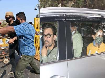 Pics: SRK returns from Alibaug, Aamir with Ira