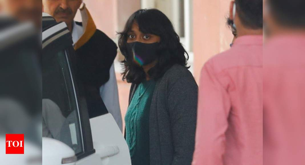 Court grant bail to Disha Ravi, says citizens can't be jailed simply for disagreeing with state policies - Times of India