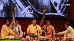 Pandit Vijay Koparkar performed dhrut bandish 'langar va chhand mori baiya'