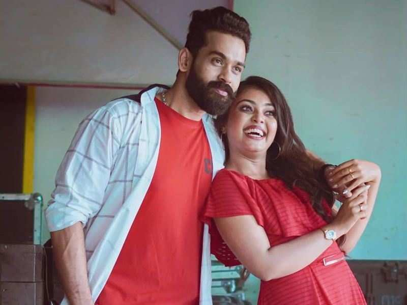 """""""It is a blessing to have a partner who understands your work life better than anyone,"""" says newly-engaged TV couple Mridhula and Yuva"""