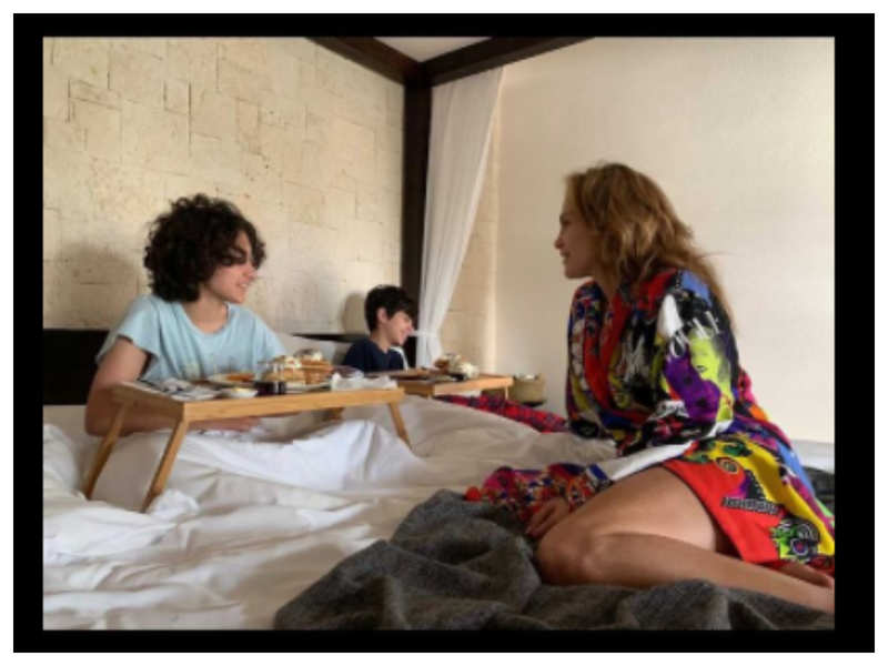 How Jennifer Lopez made her kids birthday special with a lavish breakfast in bed!