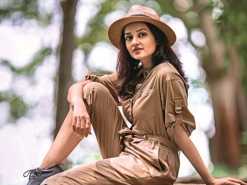 Shanvi Srivastav to debut in Malayalam in Nivin Pauly and Asif Asif film