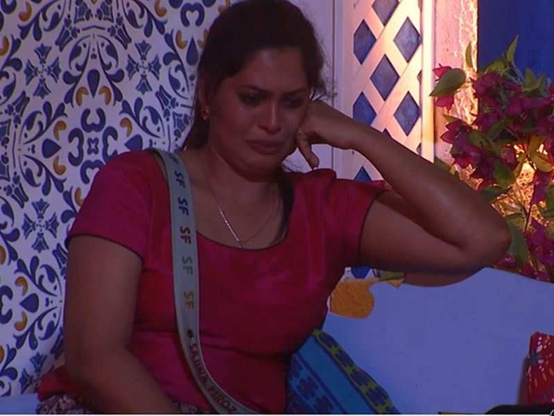 Bigg Boss Malayalam 3: Sajna Firoz bursts into tears, says 'I have to go out of the house, else they will have to take my dead body'