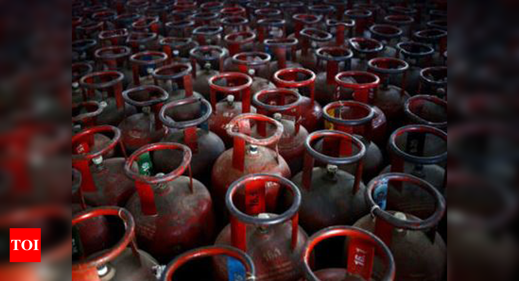LPG rate hiked by Rs 25 per cylinder