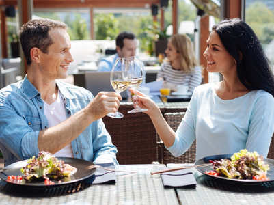 First date ideas based on your zodiac sign