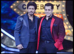 Pics: Salman joins SRK on the sets of Pathan