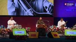 Pankaj Udhas performed 'Yaha har shakhs, hadasa hone se darta hai'