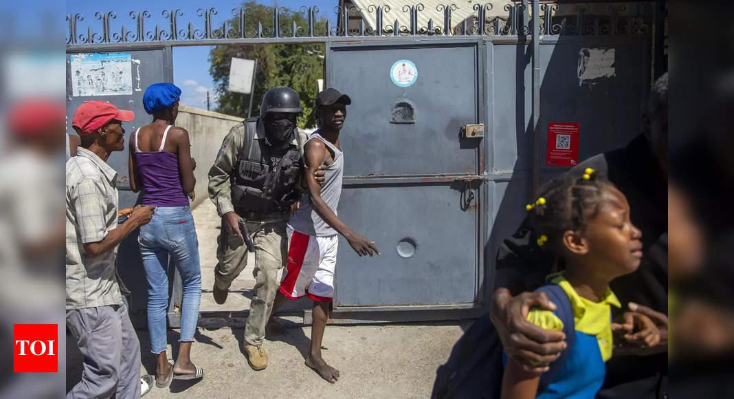 Haiti prison breakout leaves 25 dead, 200 on the run