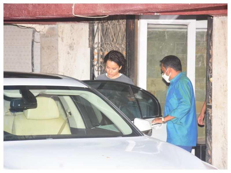 Photos: 'Dhaakad' actress Kangana Ranaut heads to the gym on Saturday morning
