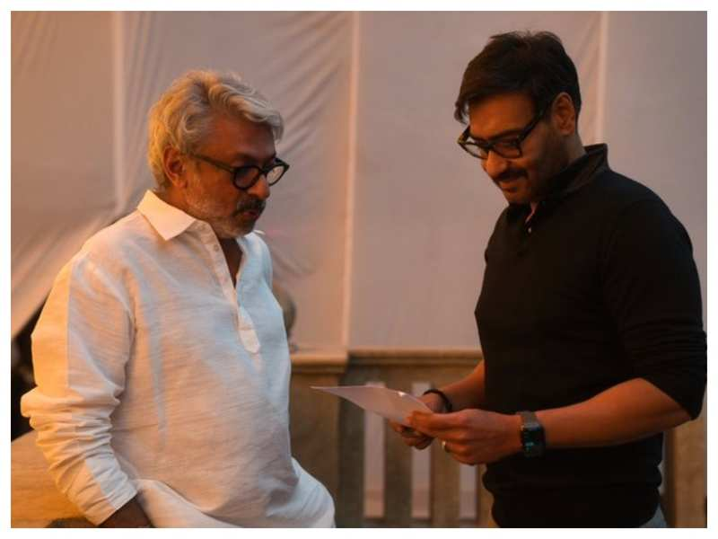 Ajay Devgn all smiles as he reunites with Sanjay Leela Bhansali on sets after 22 years!