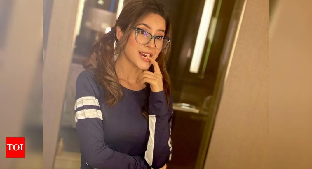 Shehnaaz Gill sports a nerdy look in her latest photo; fans praise her for looking 'cute' in ponytails an - Times of India