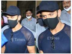 Hrithik snapped after recording statement