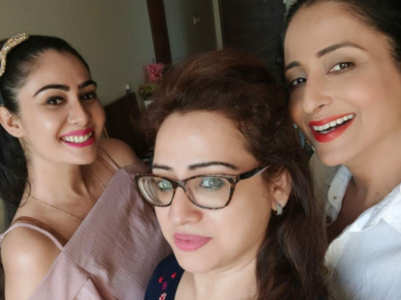 YRHPK's Lataa , Pooja, Sonia have a reunion