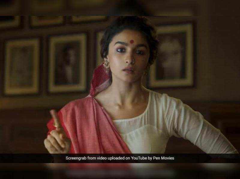 Alia Bhatt fans imitate her Gangubai 'dialoguebaazi'