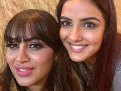 Arshi praises Jasmin's 'dil nasheen' smile