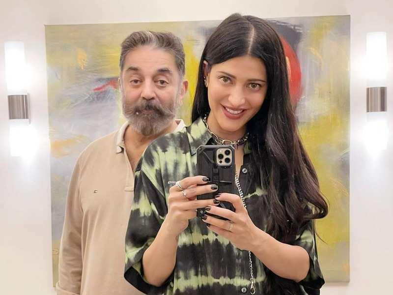 Shruti Haasan with father Kamal Haasan (@shrutzhaasan/Instagram)