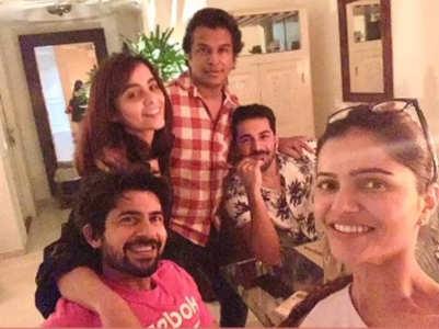 Rubina, Abhinav's #pawri with Vikram Phadnis