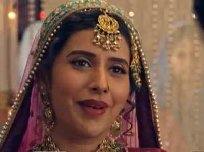 Charu enters as Zorba Bai in Kyun Utthe...