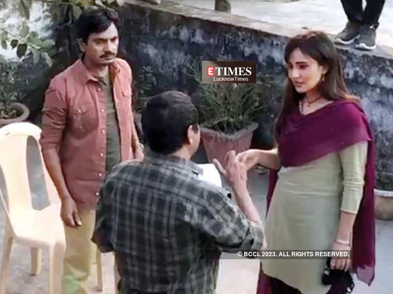 Nawazuddin Siddiqui and Neha Sharma shooting for the film Jogira Sara Ra Ra in Barabanki, a town near Lucknow (BCCL/ Aditya Yadav)