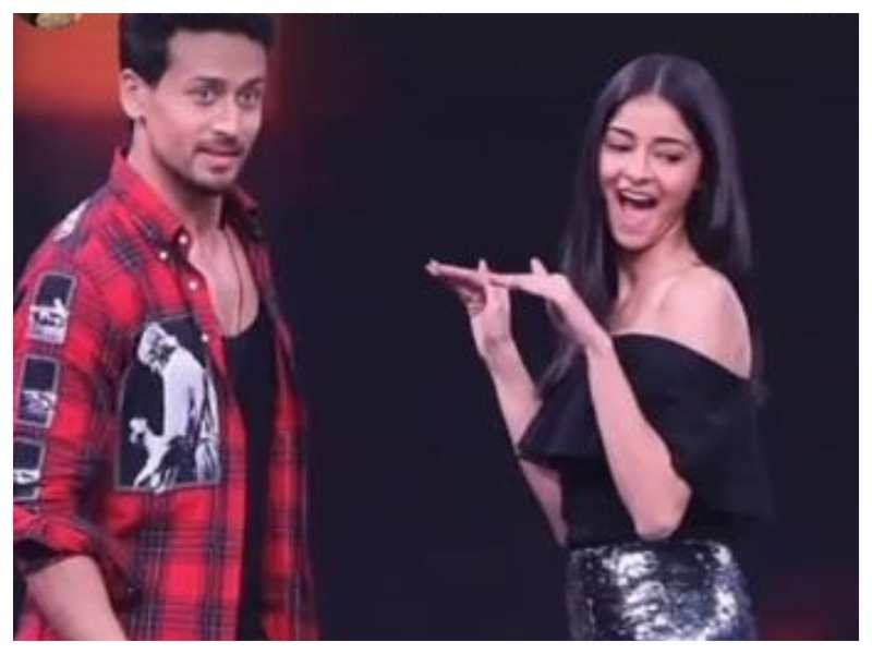 """Ananya Panday wishes Tiger Shroff on his birthday, vows not to """"scare"""" him with her hectic dance moves this year"""