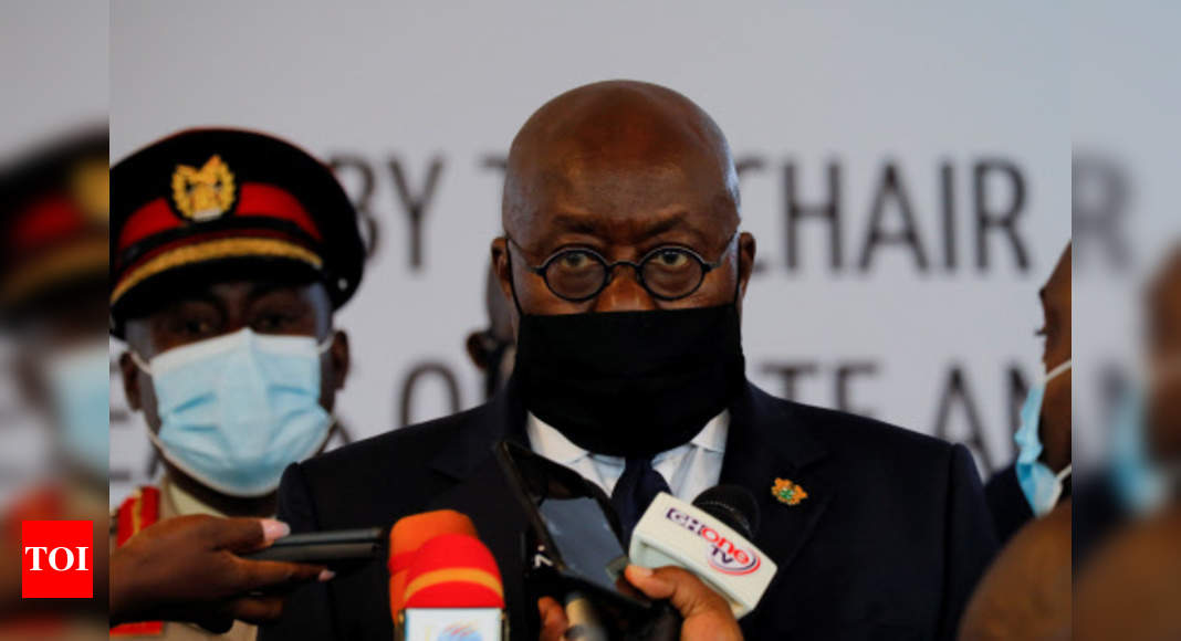 Ghana president gets world's 1st Covax jab