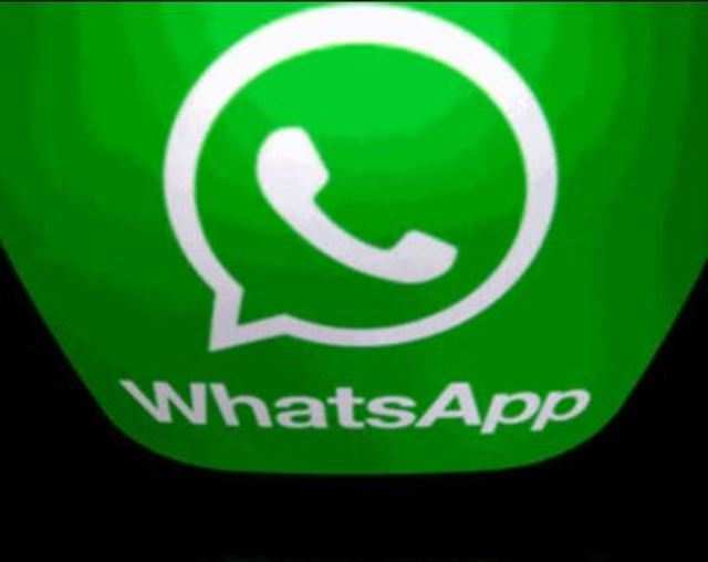 WhatsApp starts rolling out support to import third-party sticker packs in India: Report