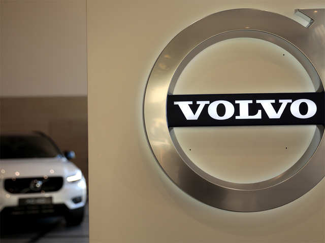Volvo says it sold 661,713 cars in about 100 countries cars worldwide in 2020.