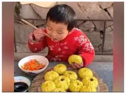 8-year-old bakes like a pro, leaves netizens amazed