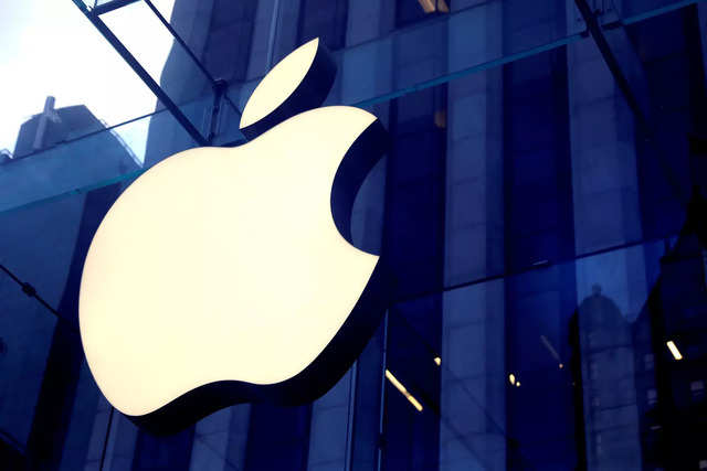 Apple reopens all of its US retail stores for the first time in almost 12 months