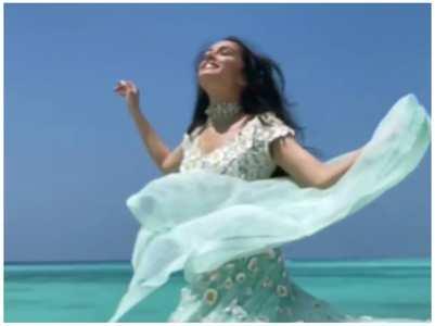 Video: Shraddha in a white & sea blue lehenga