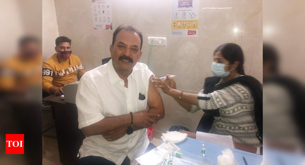 Former Indian cricketer Madan Lal gets first dose of COVID-19 vaccine