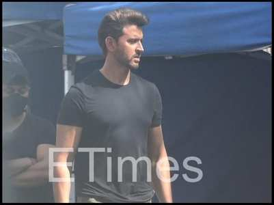 Hrithik gets clicked in the city for a shoot