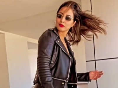 Hina Khan shows her sassy moves; watch