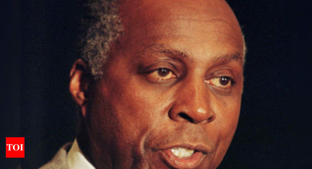 US civil rights activist, lawyer Vernon Jordan dies at age 85