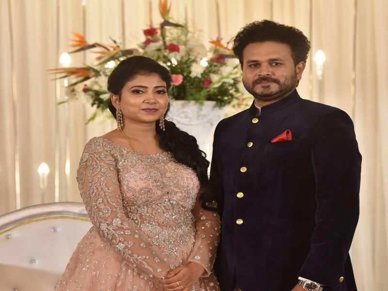 Filmi folk and politicos bless newlyweds Manoj & Anusha