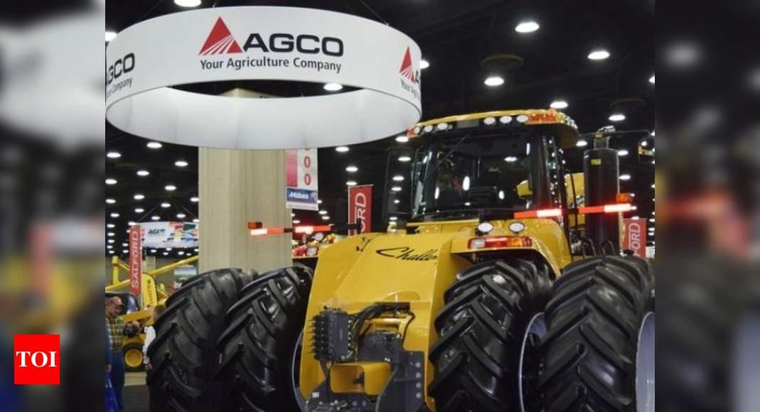 Tractor maker presses AGCO to refresh board