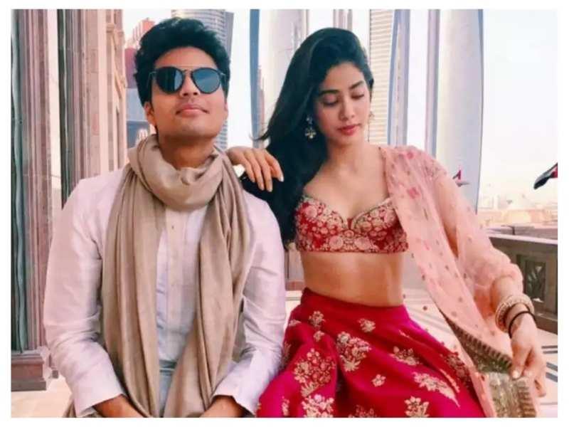Janhvi Kapoor's rumoured ex-boyfriend Akshat Rajan reacts to her new song 'Nadiyon Paar' from 'Roohi