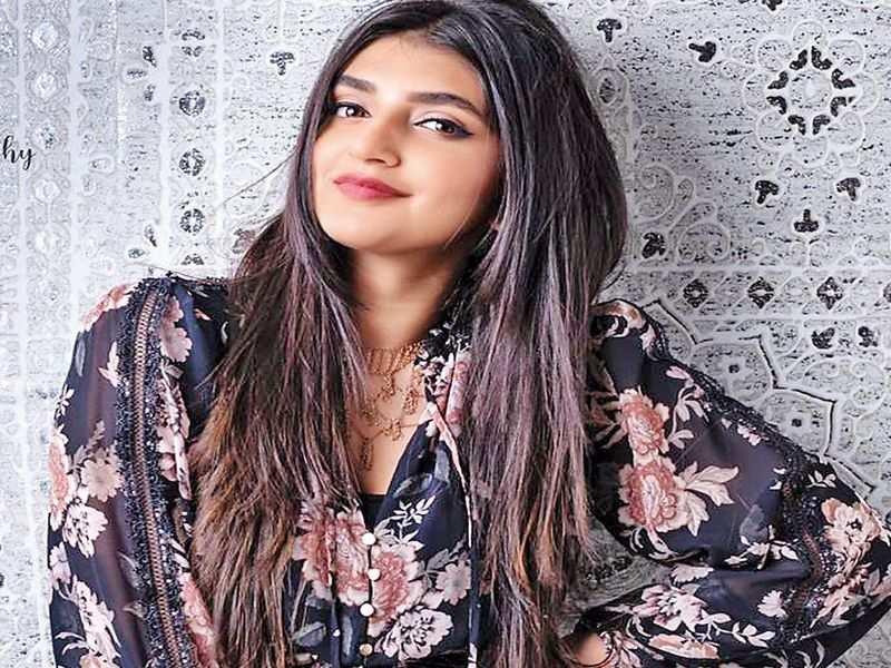 Sree Leela to play homely sweet girl in Telugu film with Ravi Teja