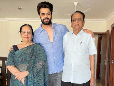 Maniesh Paul's sweet post for his parents