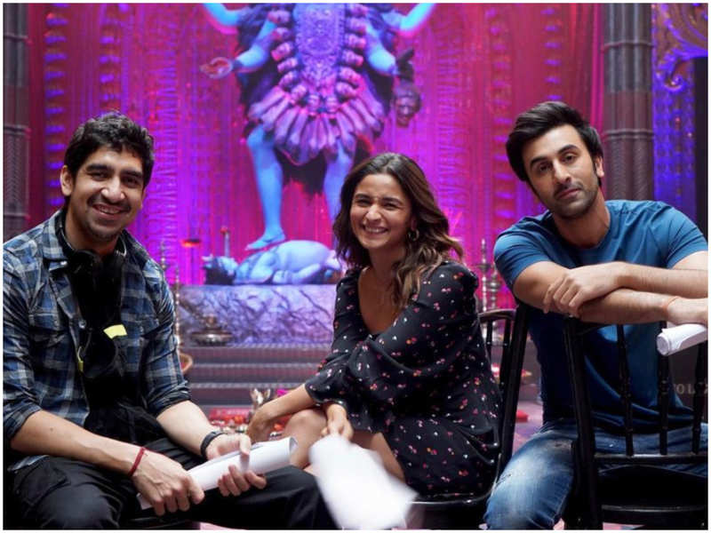 Alia Bhatt shares BTS picture from 'Brahmastra' sets with her 'magical boys' Ranbir Kapoor and Ayan Mukerji