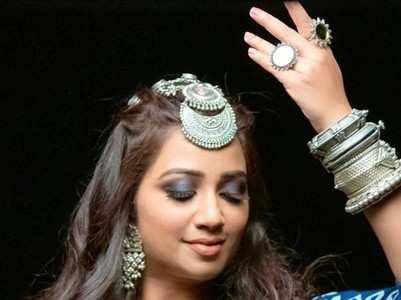 Shreya Ghoshal: Top 10 Bengali songs