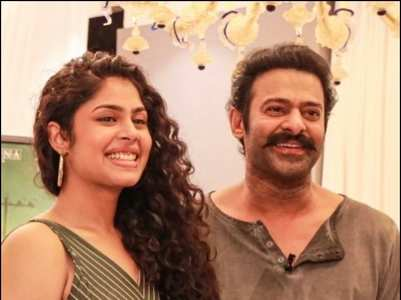 Faria Abdullah bowled over Prabhas with her height