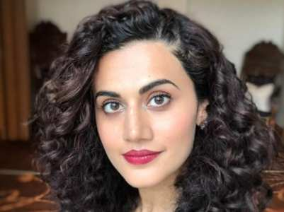 Taapsee on IT Raids conducted at her house
