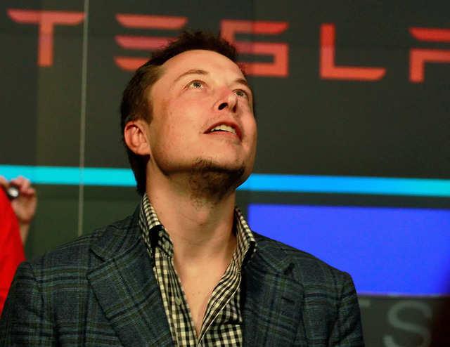 Elon Musk says 'AC/DC' better than AC vs DC