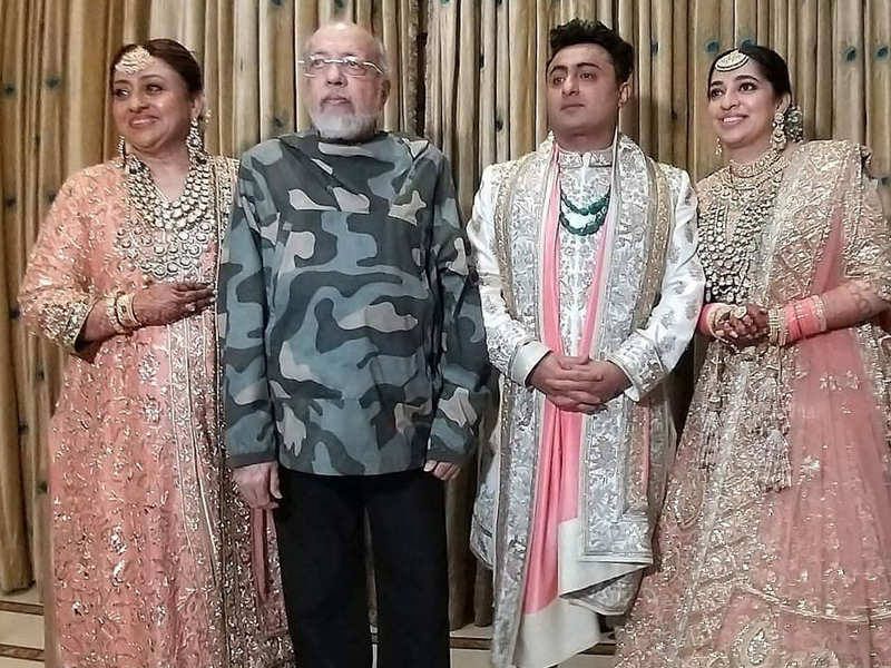 Inside pictures from Nidhi Dutta's fairly tale wedding with filmmaker Binoy Gandhi