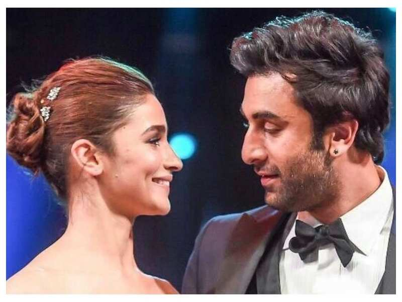 Alia Bhatt's birthday get-together postponed to a later date after Ranbir Kapoor tested positive for COVID-19