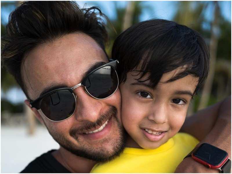 Aayush Sharma with son Ahil (Instagram)