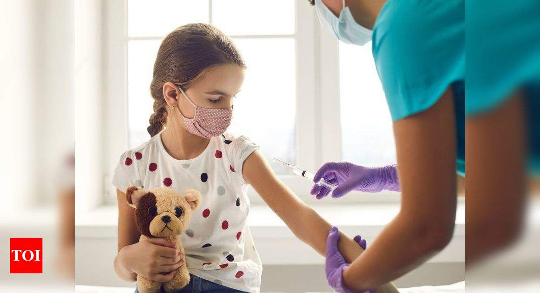 Coronavirus vaccine: 600 children experience no side-effects after receiving their COVID shot, Israeli doctors report – Times of India