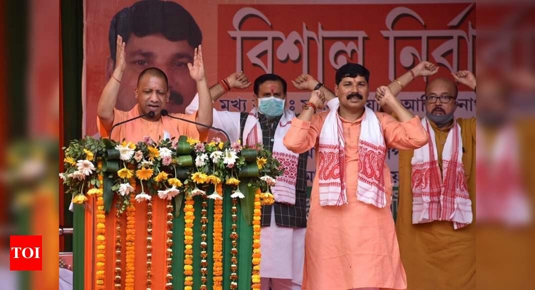 Yogi Adityanath attacks Congress in Assam, blames it for state's lack of development | India News – Times of India