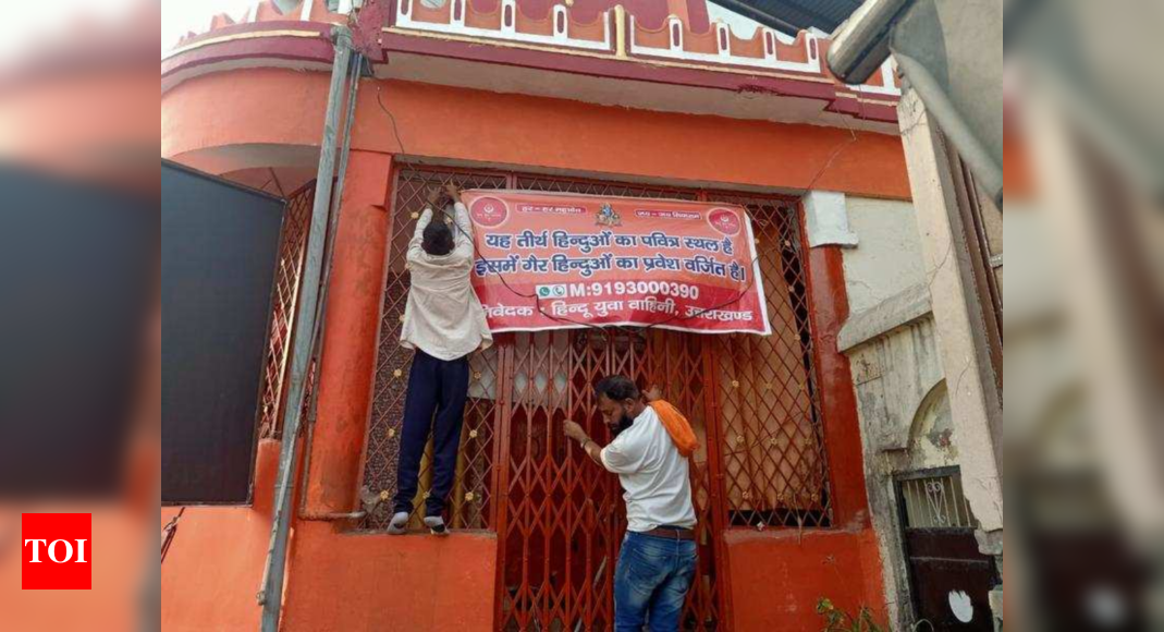 'Non-Hindus not allowed': Banners in 150 Dehradun temples | Dehradun News – Times of India
